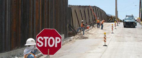 """Trump también erigirá un """"muro virtual"""" en la frontera con México"""