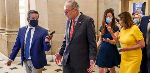 Los demócratas echan un pulso a Trump por el nuevo paquete de rescate