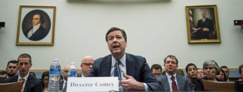 El FBI: Clinton no debe ser imputada por el escándalo de sus correos electrónicos