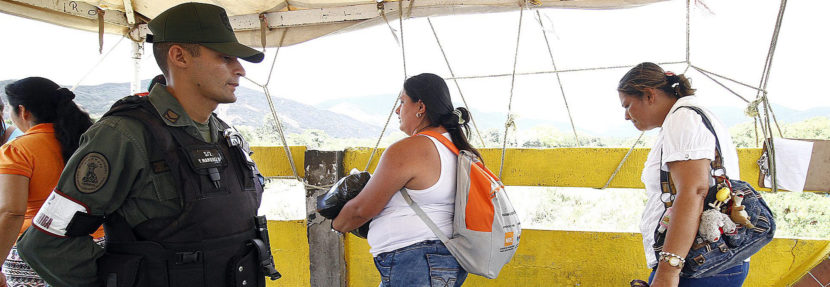 Venezuelans entering Colombia to buy food return with no problems