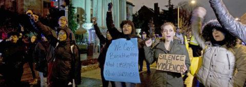 Violencia conmociona a Estados Unidos y une a comunidades