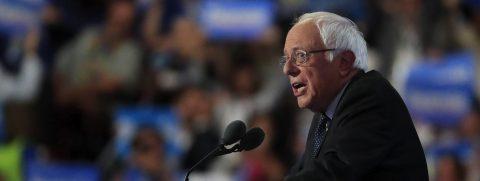 Sanders tiende la mano a Trump en pro de las familias trabajadoras