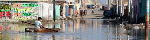Peruvian town of Huarmey enduring heavy flooding