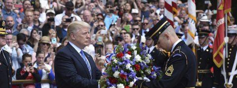 """Trump declara el Día de los Caídos en EE.UU. como el día """"de la paz permanente"""""""