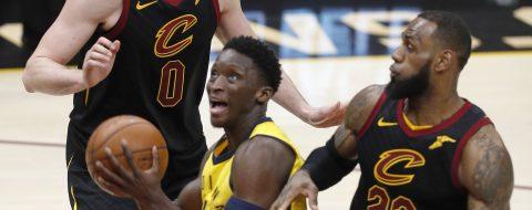 Oladipo tenía razón, la NBA considera que el tapón de James fue interferencia
