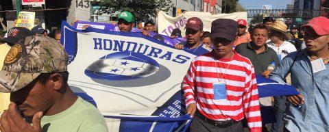 Caravana migrante exige a ONU-DH autobuses para seguir su camino hacia Estados Unidos