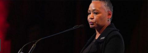 """La presidenta de """"Time's Up"""" dimitió por presunto abuso sexual de su hijo"""
