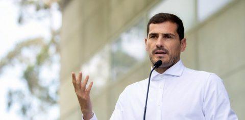 Iker Casillas pasa a los despachos tras problema de salud