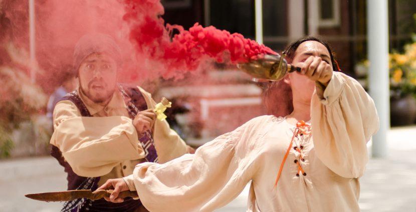 Teatro Visión Brings Street Theater Ensemble La Quinta Teatro