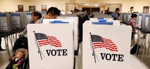 Faltan latinos para dibujar distritos electorales de California
