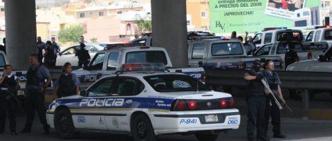 Arrestan jefe de policía municipal por nexo con masacre de mormones en México