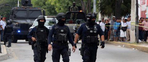 Un muerto y siete heridos en ataque armado en balneario mexicano de Cancún