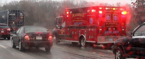 Al menos 35 lesionados en choque de 63 vehículos por hielo y niebla en EE.UU.