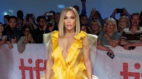 "La mujer detrás del rol de Jennifer López en ""Hustlers"" demanda a productores"