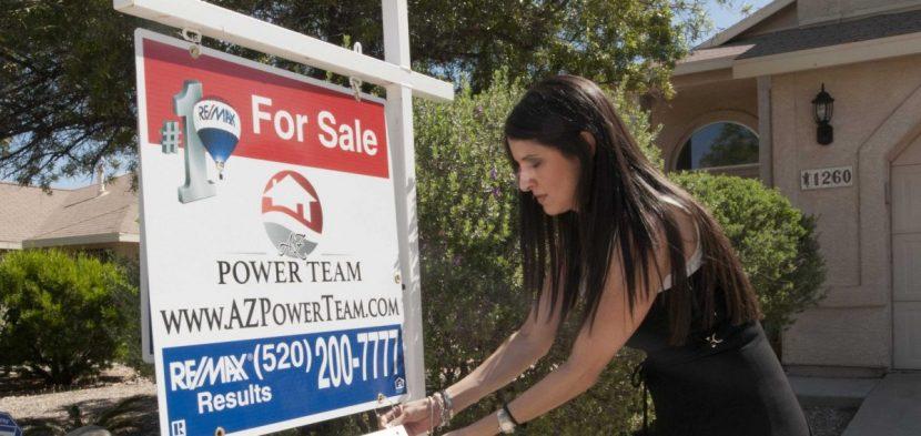 La pandemia del COVID-19 frena la compra y venta de casas entre hispanos