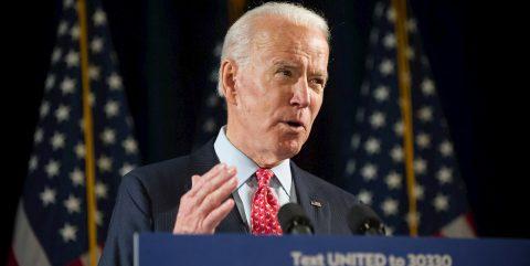 La campaña de Biden flaquea entre los latinos, según expertos y legisladores