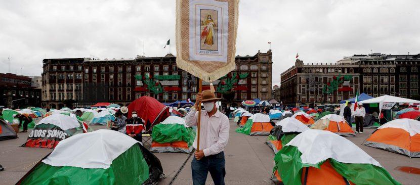 Un padrenuestro contra López Obrador