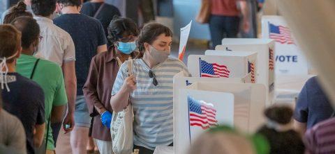 Autoridades de Georgia descubren hasta un millar de casos de doble votación