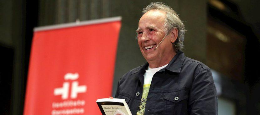 """Serrat homenajea a Benedetti, """"el poeta que vio en la canción un arte"""""""