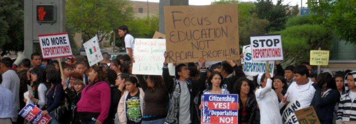 Recaudan fondos para dar becas a estudiantes indocumentados en Arizona
