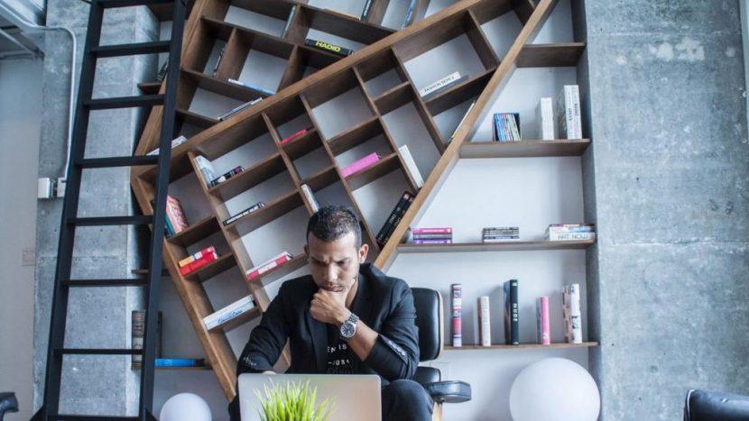 DACA Dreamer Turns Digital Entrepreneur, Aids Hispanic Community