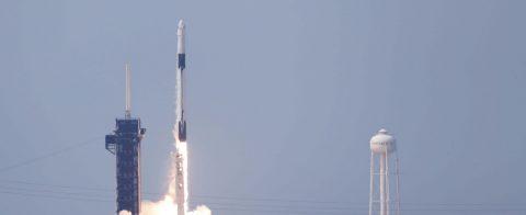 """La NASA y SpaceX sobre la primera misión a la EEI: """"Volaremos cuando estemos listos"""""""