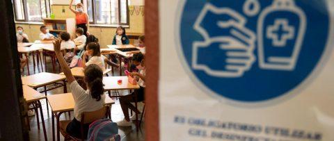 """La brecha escolar en Latinoamérica tras pandemia, una """"emergencia educativa"""""""