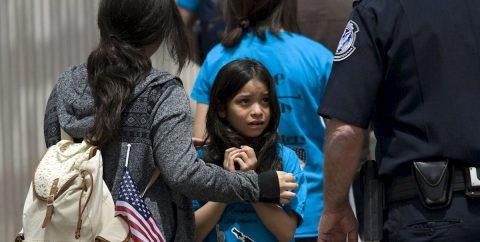 La mayoría en EEUU apoya restricciones migratorias, según grupo conservador