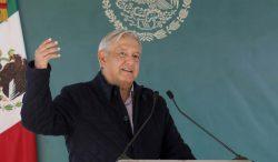 "Presidente mexicano confía en que ""ya va a pasar la pandemia"" pese a repunte"