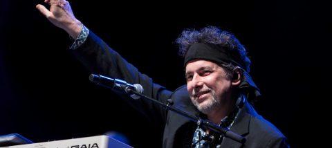 """Calamaro y Julio Iglesias, juntos en una nueva versión de """"Bohemio"""""""