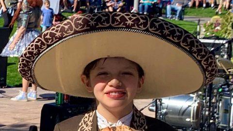 El pequeño mariachi de 13 años que ya estudia neurocirugía en la universidad