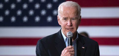 """Biden urge más apoyo fiscal para """"una recuperación económica para todos"""""""