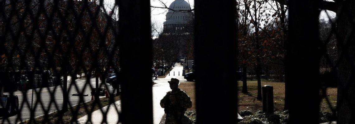 El hombre que intentó entrar en Washington con 500 balas dice que se perdió