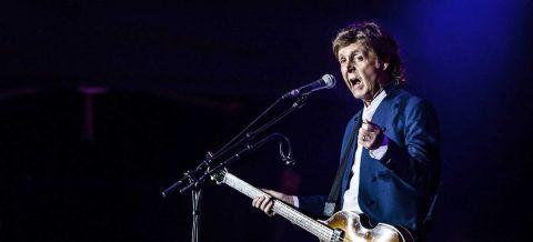 McCartney refleja su vida en un libro con 154 letras de cancione