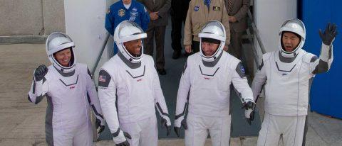 Astronautas de la EEI sobrevolarán el estadio del Super Bowl en Florida