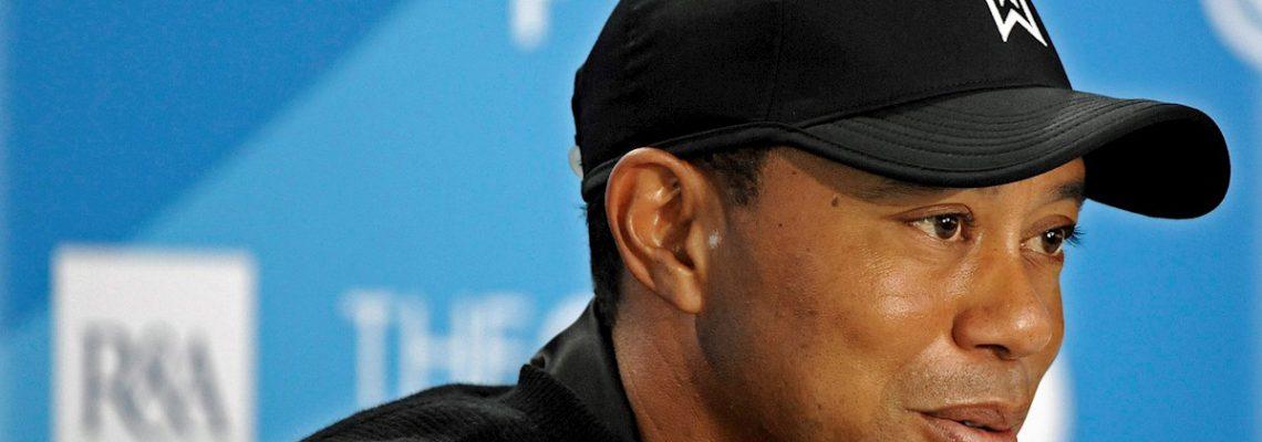 """Woods sufre """"múltiples lesiones"""" en las piernas en accidente y necesita cirugía"""