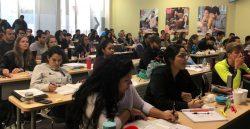 Piden evaluaciones en idioma nativo a estudiantes inmigrantes en EE.UU.